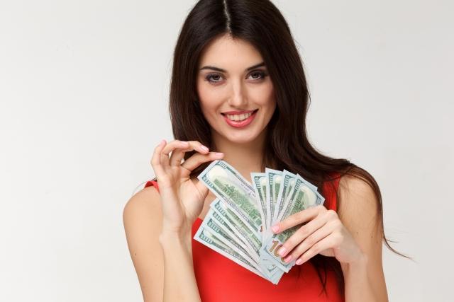 PCMAXの「最初だけ2万円」の女性は素人風デリヘル業者